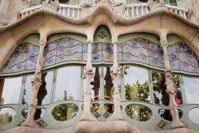 Fasada jednego z domów Gaudiego