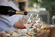 Łączenie wina iserów