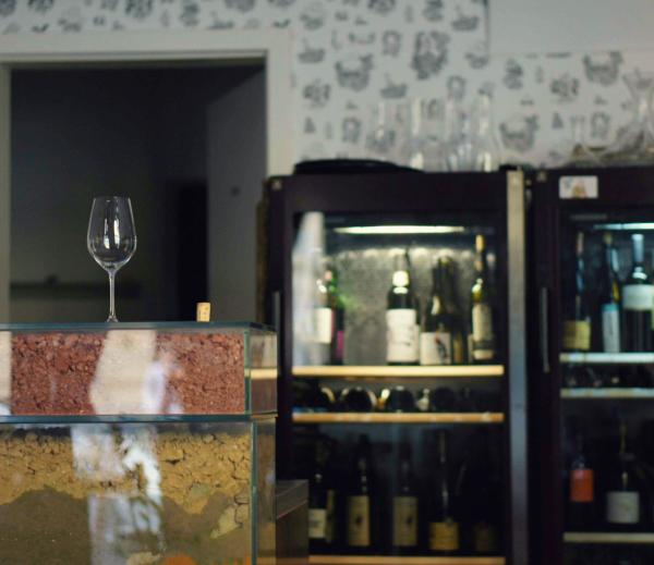 Winebary