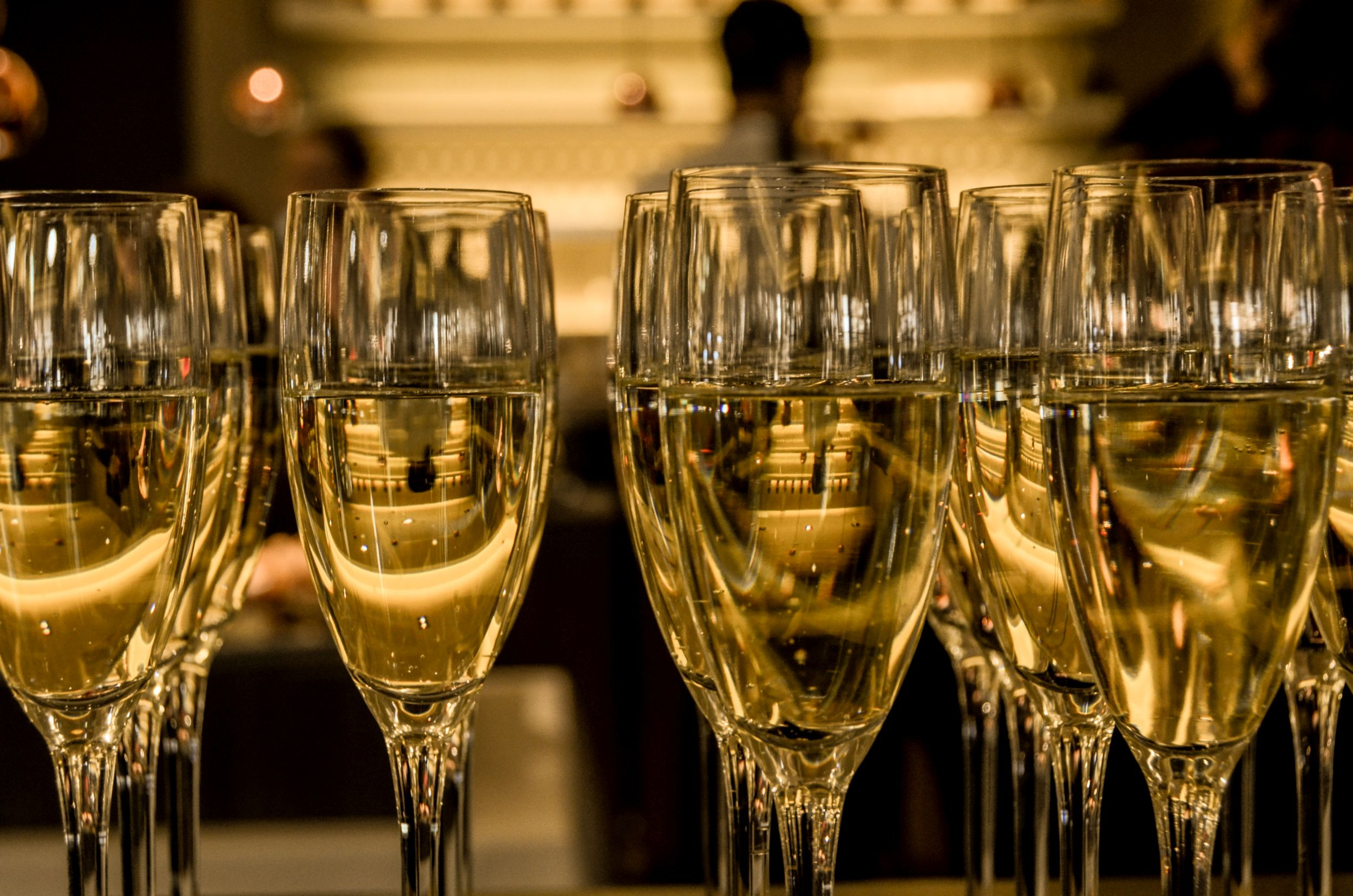 new-year-s-eve-ceremony-champagne-sparkling-wine_new