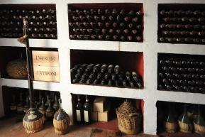 Przechowywanie wina w Toskanii
