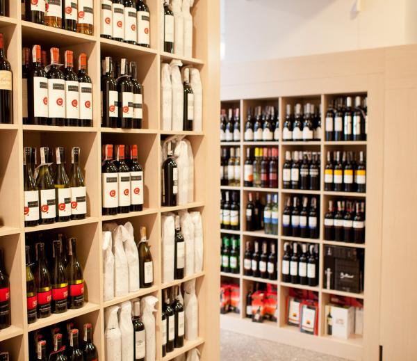 Sklep z winem
