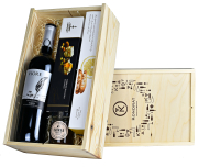 """Skrzynka prezentowa """"Śliwka w kompot"""" z winem Riojanas Viore Crianza"""