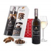"""Pudełko świąteczne """"Kremowa wariacja"""" z winem Giusti Chardonnay"""