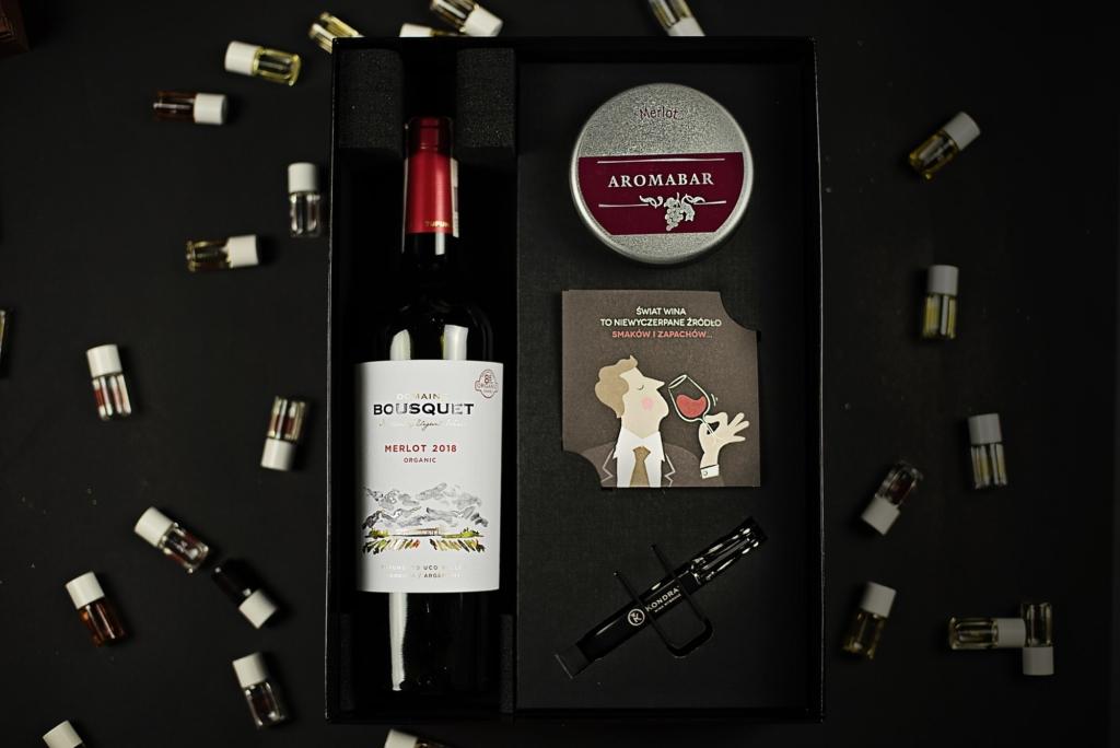 Zestaw prezentowy aromabar i wino merlot
