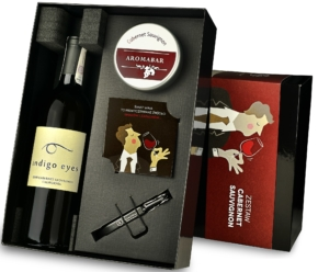 Zestaw Aromabar Cabernet Sauvignon z winem Indigo Eyes
